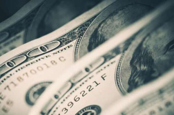 US Cash in Circulation Sees Biggest Increase Since the Y2K Bug Panic, Fed Reserve Data Indicates