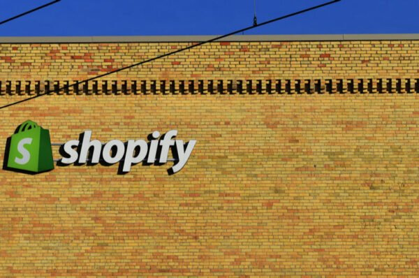 CoinPayments partners with Shopify to accept crypto payments