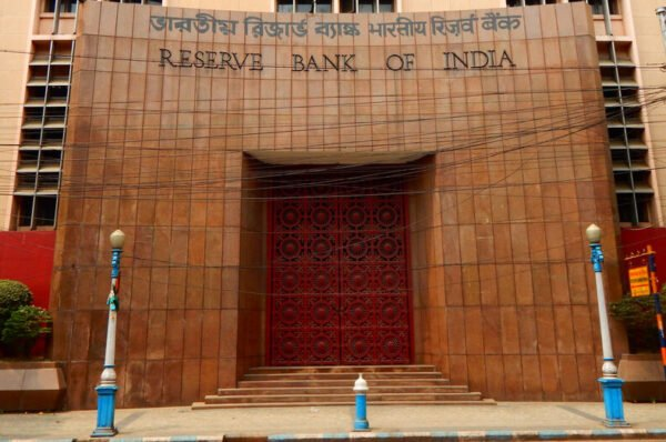 India says banks can offer bank accounts to crypto exchanges
